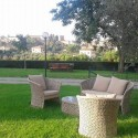 Relaxzonen im Garten mit Blick auf Siena