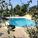 Der Pool mit Ausblick in das grüne Hinterland Sienas