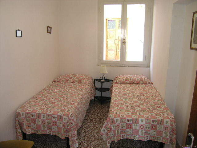 toskana ferienwohnung mit meerblick f r 4 personen toskavista. Black Bedroom Furniture Sets. Home Design Ideas
