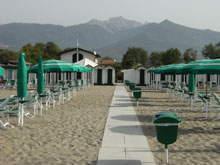 Bagno Girasole - typischer Badestrand in Cinquale/Poveromo