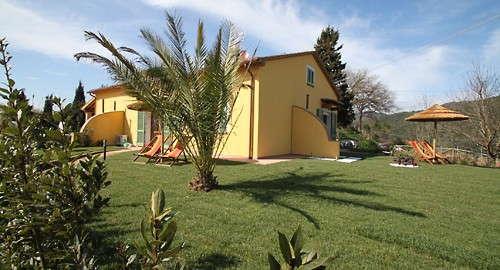 Toscanisches Landhaus mit zwei Ferienwohnungen