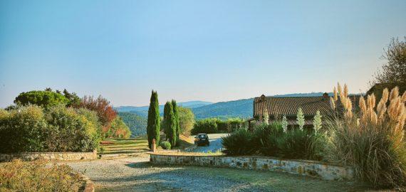 Weingut Santa Cristina, Auffahrt