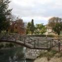 der kleine private Teich mit Brücke