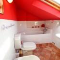 Villa Gloria - das Badezimmer im Dachgeschoss