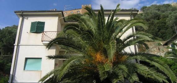 Ferienwohnung in Villa Mazzini - leider wurde die Palme im letzten Jahr gefällt!