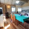 Versilia Ferienhaus Fabrizia - Wohn/Essraum mit offener Küche