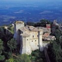Das mittelalterliche Dorf San Casciano dei Bagni in der Provinz Siena