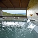 Wellnessbereich mit Jacuzzi-Pool