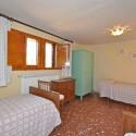 Ferienhaus Versiliana - Schlafzimmer Nr. 3 mit drei Einzelbetten