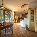 Ferienhaus Vinci - Wohnraum mit Zugang zur offenen Küche