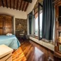 Ferienhaus Vinci - Schlafzimmer mit Französischem Bett in der 1. Etage