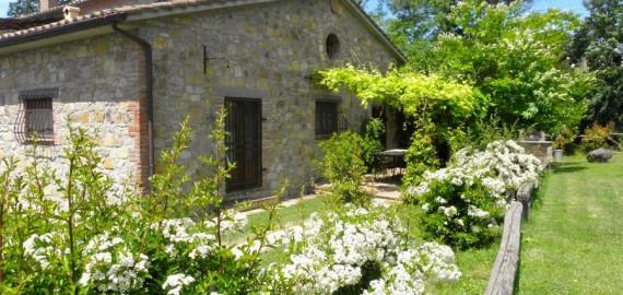Umbrien Ferienwohnung Santa Maria - Loggia im separaten Steinhaus