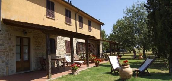 Der Terrassen- und Gartenbereich für die Feriengäste