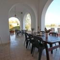 Ligurien Ferienwohnung - überdachter Terrassenbereich mit Essplatz