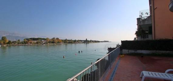 Ligurien Ferienwohnung mit Blick auf den Fluss