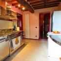 Ferienhaus Camaiore - die sehr gut ausgestattete Küche im EG