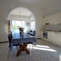Ferienwohnung Ligurien - Kochecke mit moderner Küchenzeile