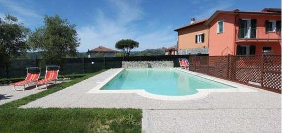 Ligurien Ferienunterkunft mit Pool