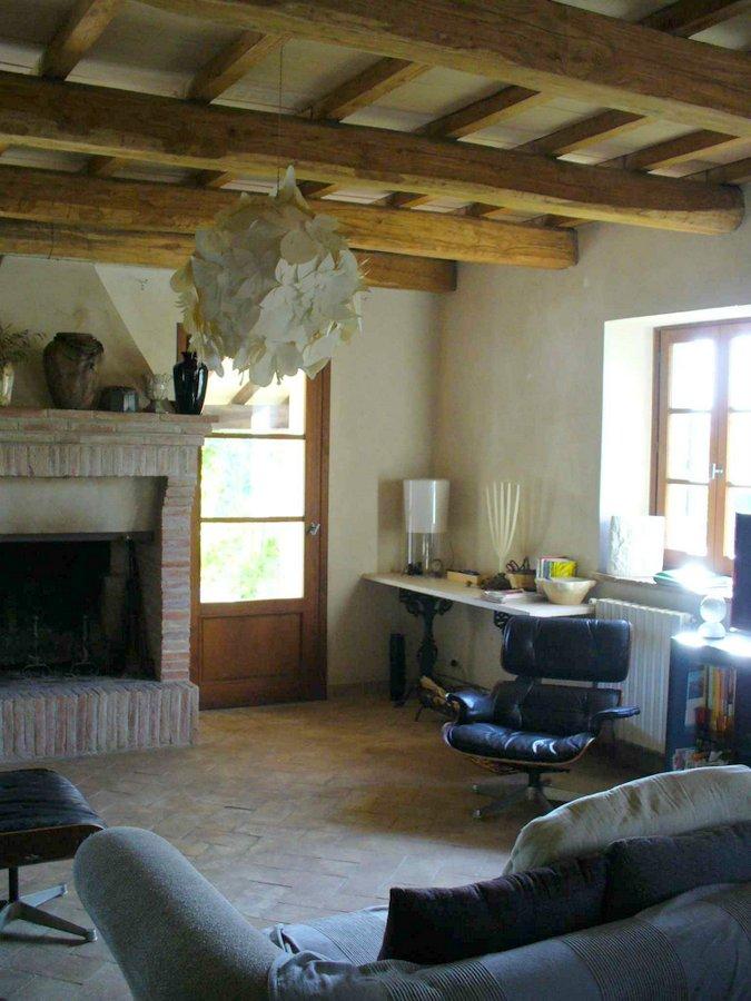 umbrien landhaus il falconiere toskavista. Black Bedroom Furniture Sets. Home Design Ideas