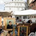 Mercatino dell'antiquariato che si celebra a Lucca la terza domenica e sabto di ogni mese, tra le vie del centro storico