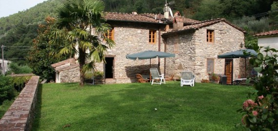 Toskana Landhaus Capannori in ruhiger Alleinlage