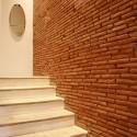 Antike Steintreppe zum 2. Obergeschoss