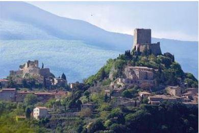 Das mittelalterliche Dorf Rocca in der Südtoskana - herrliche Herbstimpressionen garantiert