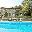 Toskana Natursteinhaus mit zwei Ferienwohnungen und privatem Pool
